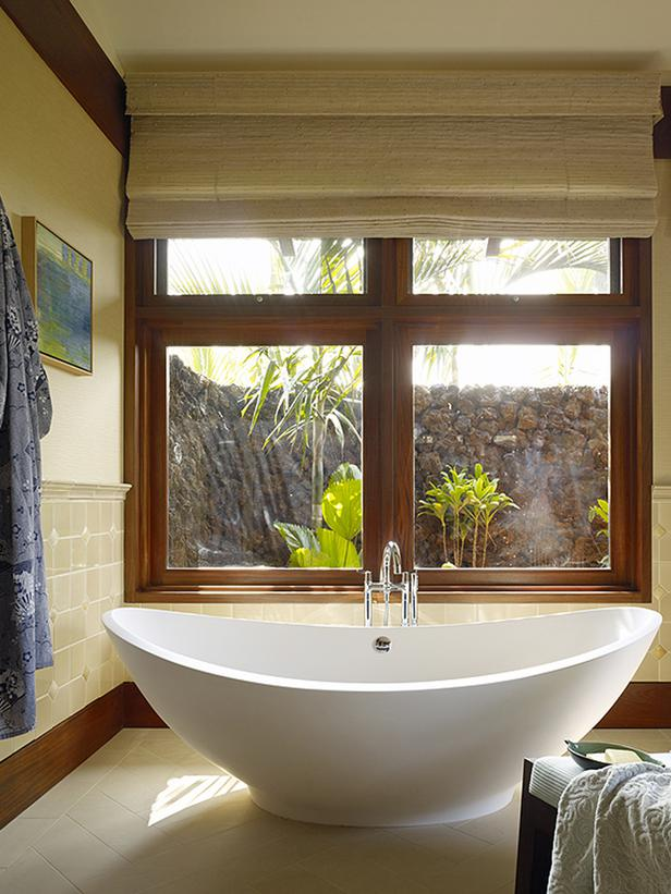 Free Standing Bathtub Midcentury In A Colonial Town